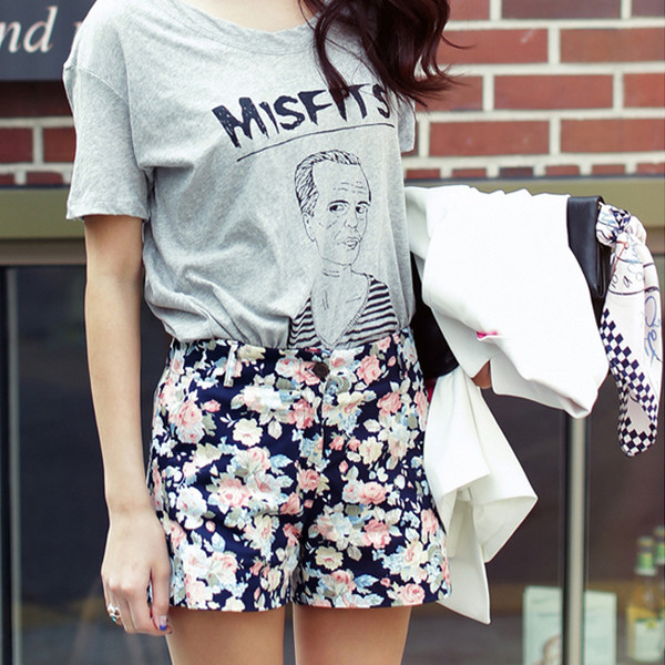 pants summer outfits floral shorts