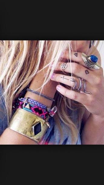jewels ring bracelets