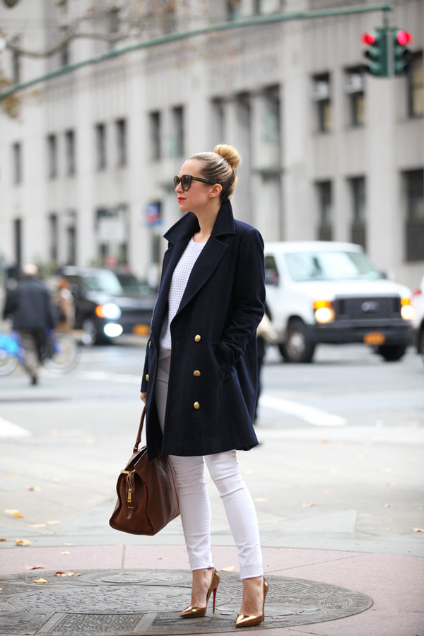 brooklyn blonde coat jeans shoes sweater t-shirt bag sunglasses