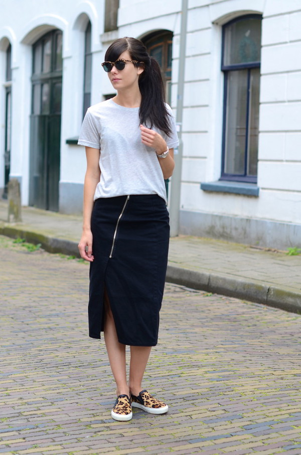 lovely by lucy t-shirt skirt sunglasses