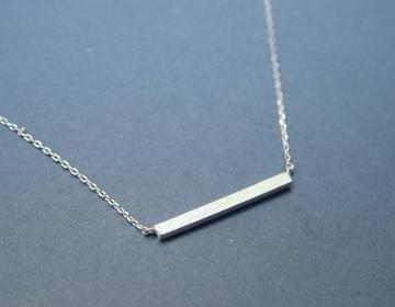 Long Bar Necklace In Silver on Luulla