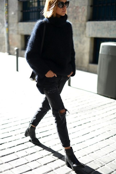 le fashion blogger sweater jeans shoes sunglasses ripped black jeans grey jeans black grey retro vintage clothes fashion ripped jeans sweater dress all black everything