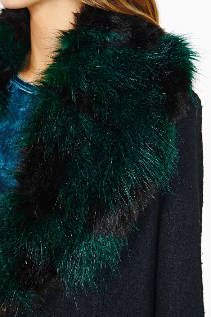 MinkPink Narnia Coat | Shop Faux Fur at Nasty Gal