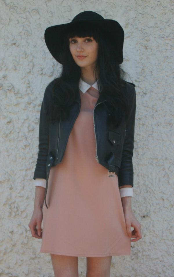 Elegant Waved Brim Woolen French Hat - OASAP.com