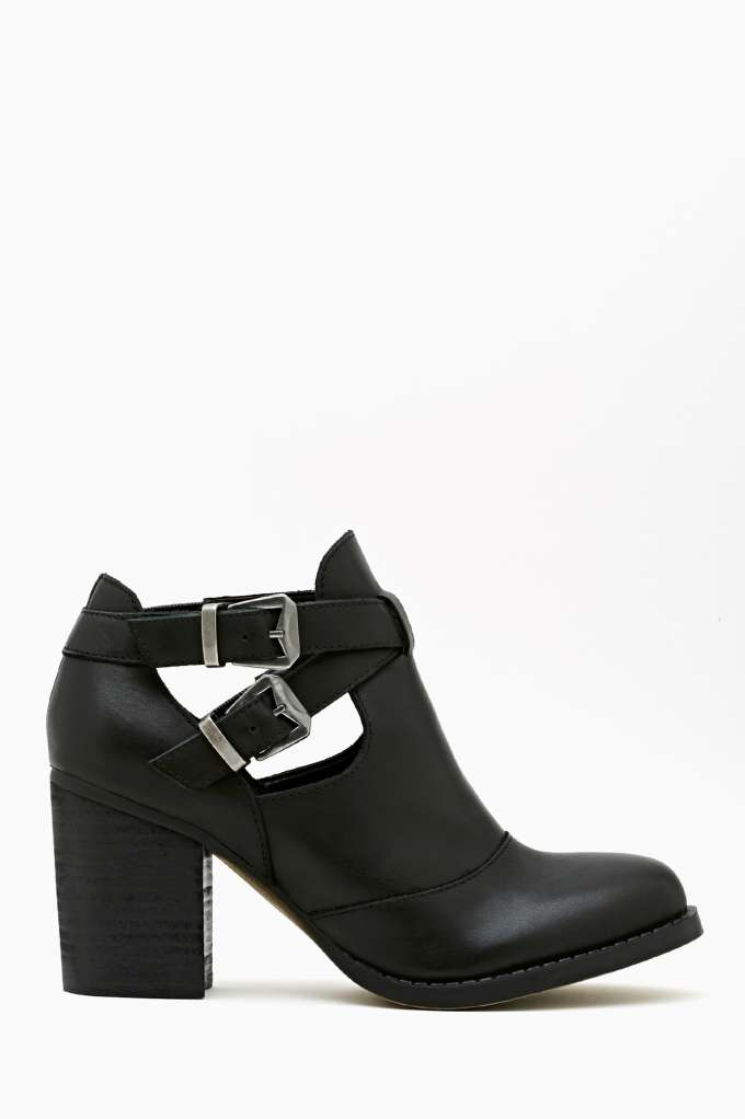 Shoe Cult Flux Buckled Boot in  Shoes Boots at Nasty Gal