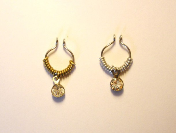 jewels septum piercing fake