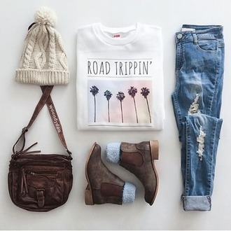 sweater blouse jeans teenagers shoes hat t-shirt travel road trippin bag phone cover shirt country bag outfit tumblr outfit weheartit grunge pale boho boho chic kawaii california summer fall outfits winter outfits white t-shirt ripped jeans blue jeans felt hat hat beanies country style boots winter boots brown ankle boots roadtrip