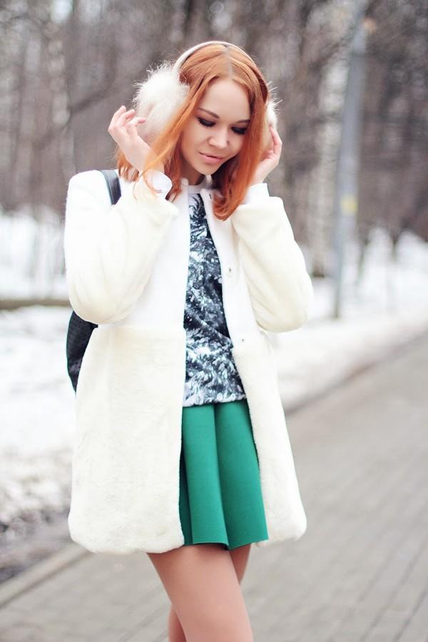 gvozdishe coat sweater skirt shoes