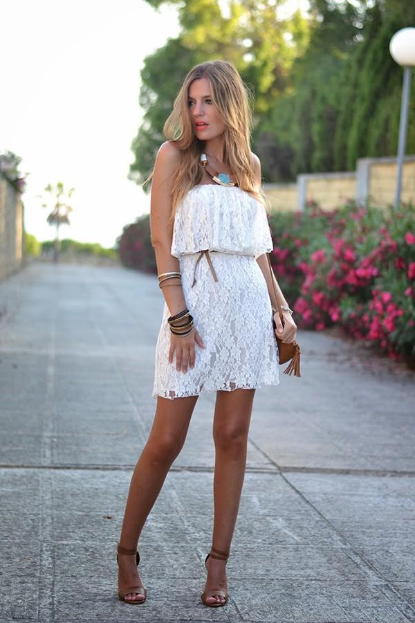 mi aventura con la moda bag t-shirt jewels shoes make-up dress