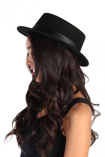 LoveMelrose.com From Harry & Molly   Sweet Carol Wool Hat - Black