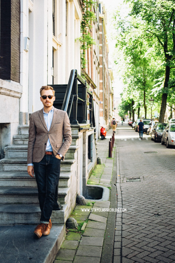 stay classic jacket shirt jeans shoes belt jewels sunglasses