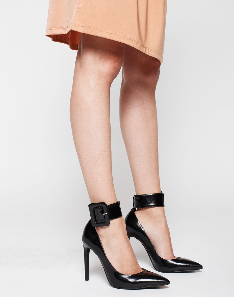Stiletto-Pumps 'Cherish' von Jeffrey Campbell - EDITED.de