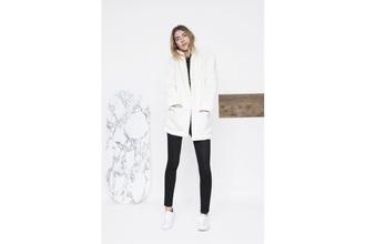 coat blanc white noir black doux laine coton cotton women winter outfits hiver morning femme