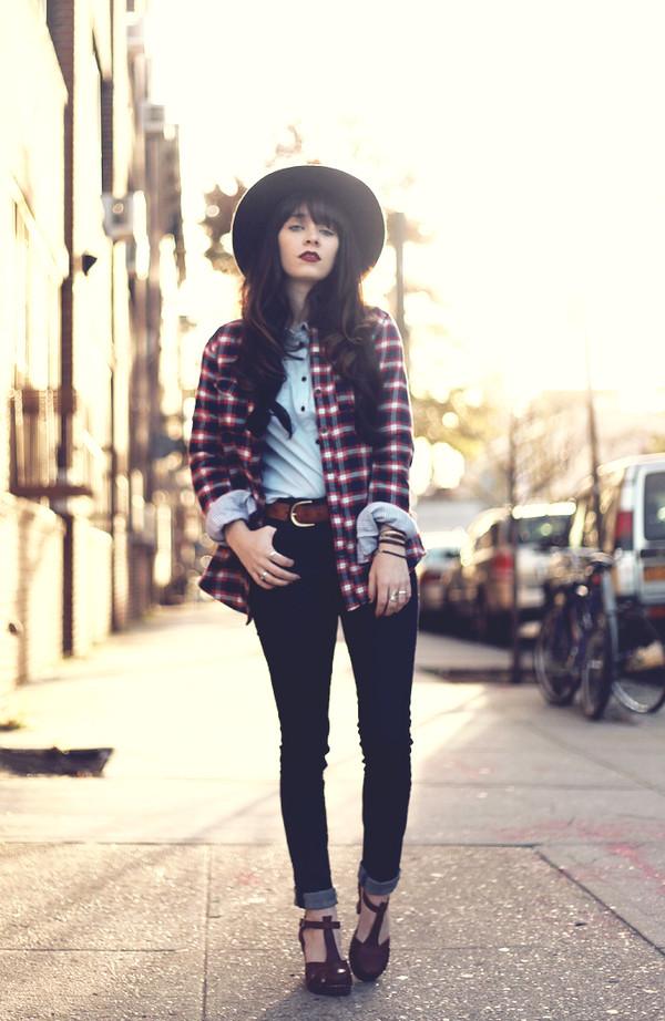 jag lever shirt jeans blouse shoes