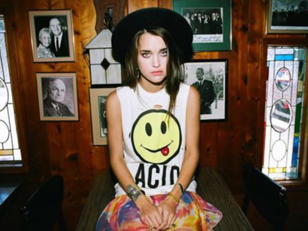 t-shirt yellow smiley tank top acid wash white alternative soft grunge