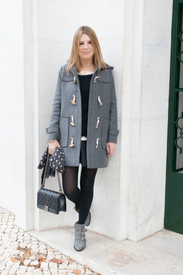 the working girl sweater shoes t-shirt bag scarf jewels susanna boots grey coat skirt mini skirt black skirt black bag chanel chanel bag tights opaque tights ankle boots boots chloe buckle boots buckles
