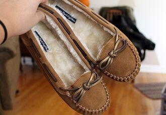 shoes moccasins beige moccasins beige cute shoes soft fluffy soft shoes cute