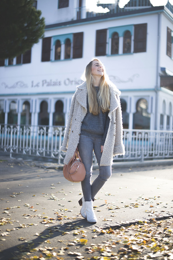 tiphaine's diary coat jeans bag sweater shoes jewels