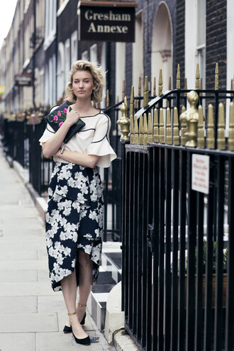 zanita blogger floral skirt floral midi skirt