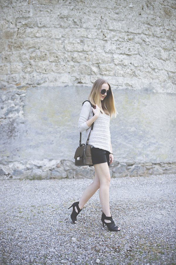 tiphaine's diary top bag sunglasses jewels shoes