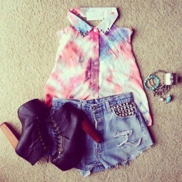 blouse tie dye sleeveless blouse studded denim shorts chunky heels high heels boots cute shoes
