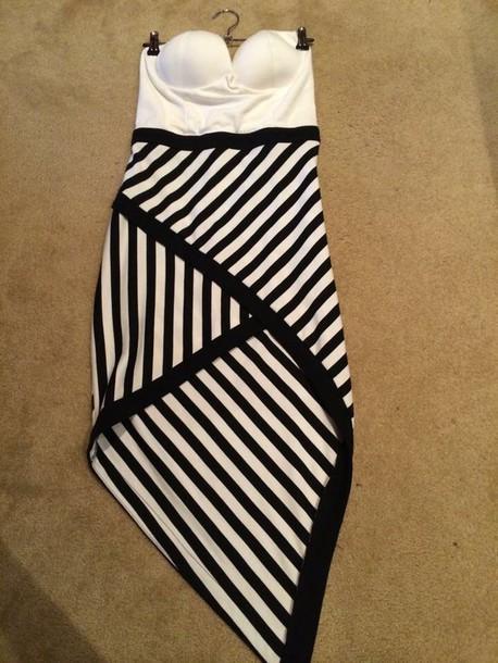 dress stripe dress with pure white boob tube top.