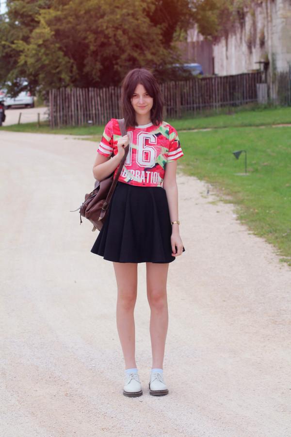 mes memos t-shirt skirt shoes