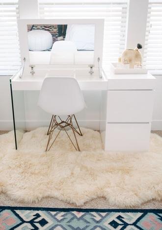 home accessory make-up makeup table desk home decor sheepskin rug white