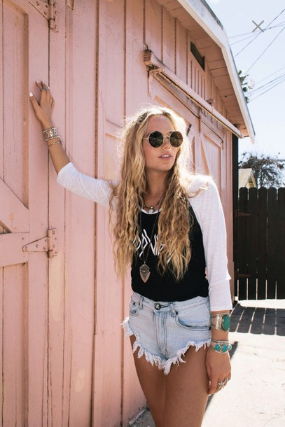 sweater denim denim shorts High waisted shorts shades sunglasses 3/4 sleeves t-shirt cropped sweater cropped crop tops necklace black and white