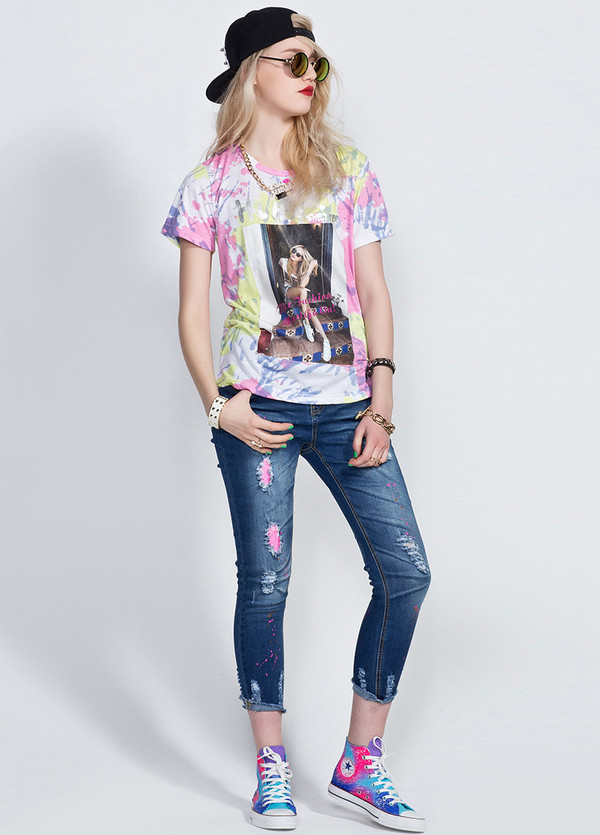 t-shirt jeans csaual cool shose sporty summer outfits