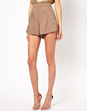 Naven | Pantalones cortos Monroe de Naven en ASOS