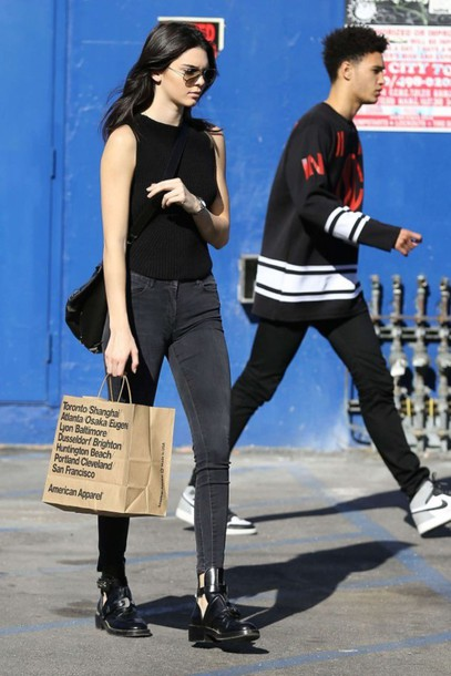 kendall jenner black top black jeans top shoes