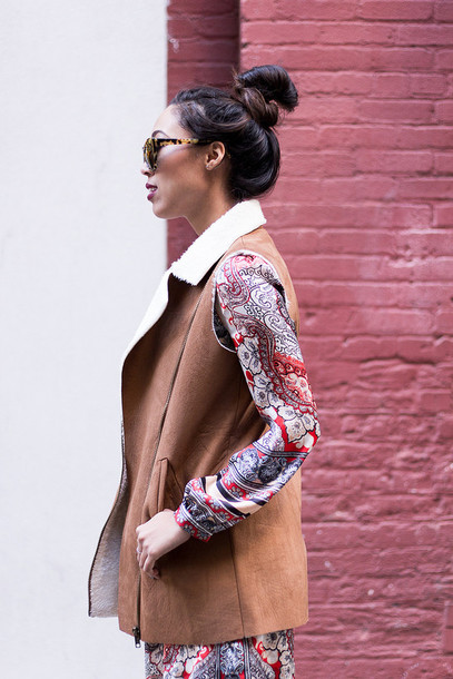 pancake stacker blogger sunglasses shearling jacket print long sleeve dress printed dress jacket dress shoes shearling vest shearling vest leather vest