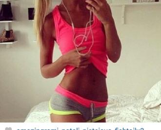 shorts grey sweatpants pink yellow fluorescent color vibrant blonde hair earphones shirt