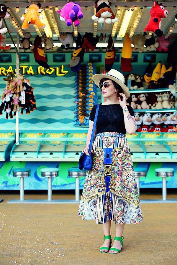 keiko lynn sunglasses top skirt shoes belt bag make-up