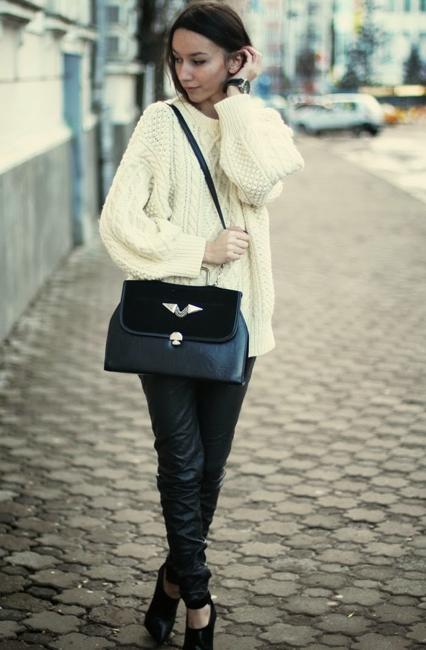 the fashion cuisine sweater pants bag jewels shoes