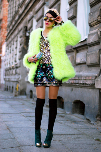 jewels shoes sunglasses bag t-shirt skirt macademian girl coat