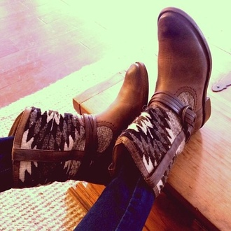 shoes boots etnies ethnic aztec cozy hipster cool brown shoes