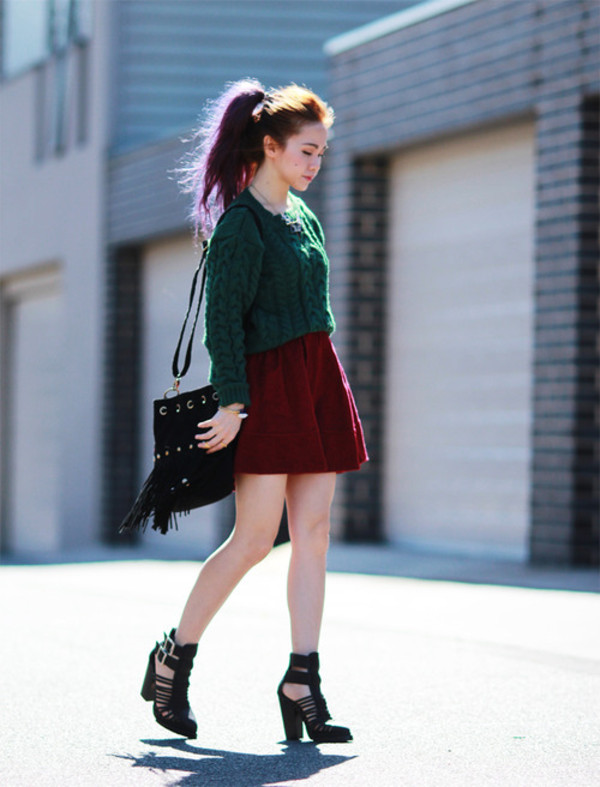 chloe ting sweater skirt shoes