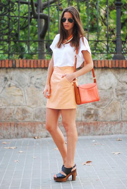fashion vibe skirt t-shirt jewels bag shoes sunglasses