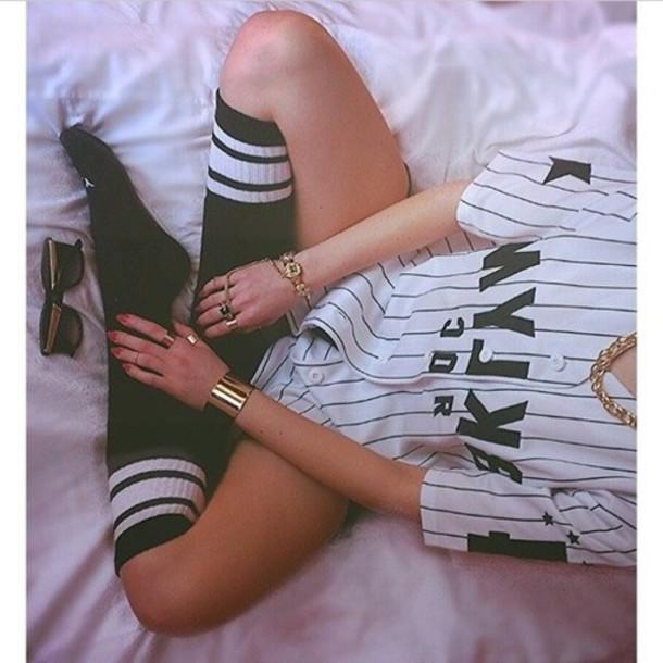 top baseball tee socks shirt sporty sporty chic sporty jersey tubesocks black and white