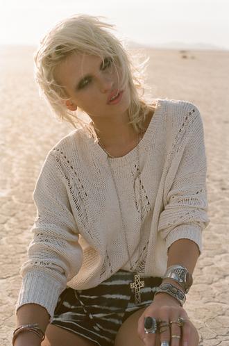 sweater nastygal nastygal.com lookbook knit leather shorts tie dye crosses jewelry stacked bracelets jewels shorts
