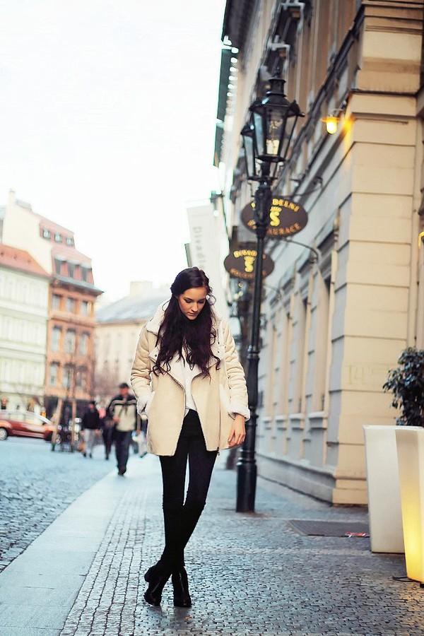 leona meliskova coat jeans bag shoes