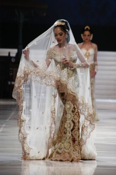 7doy10 l 610x610 dress gold wedding+dress bride asian