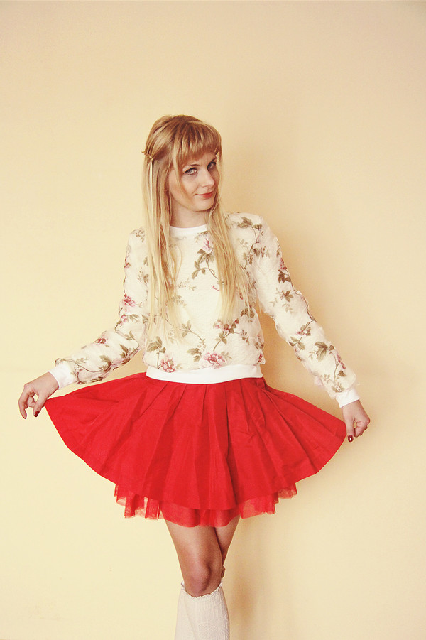 charmeuse t-shirt sweater skirt shoes