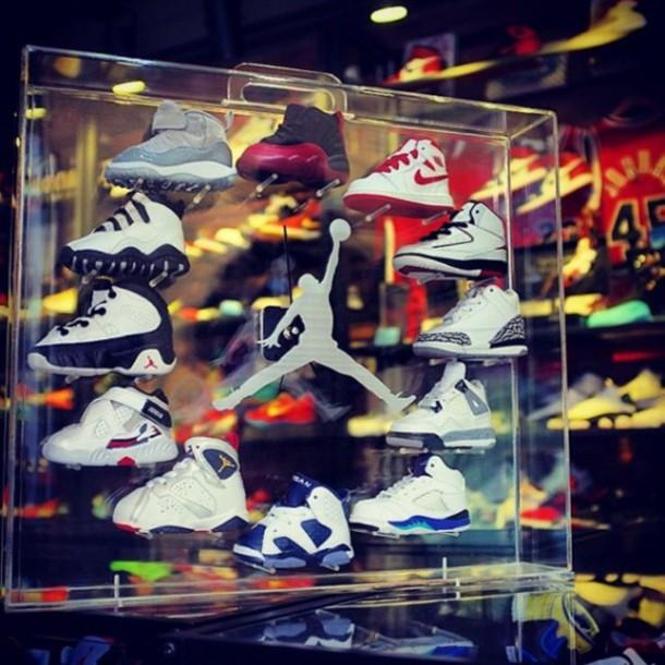 toddler guys jordan's sneakers