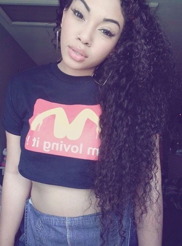 t-shirt swag black red pretty clothes curly hair mcdonalds crop tops