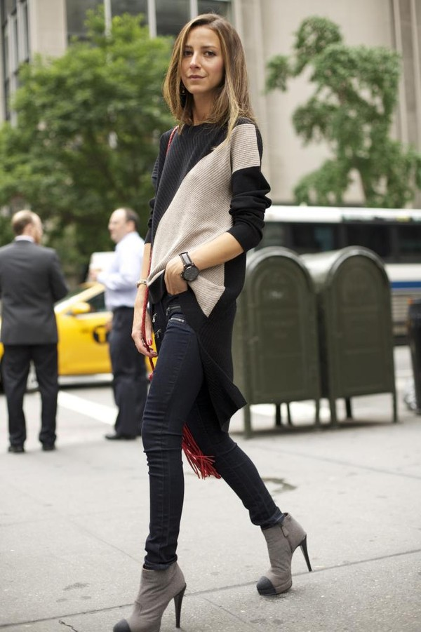 something navy sweater shoes jeans bag jewels