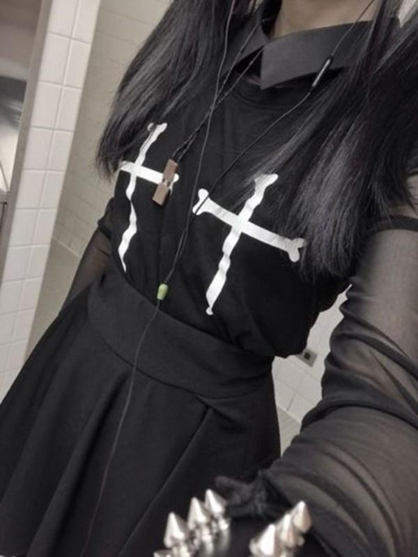 t-shirt shirt goth cross grunge cute cross shirt skirt blouse