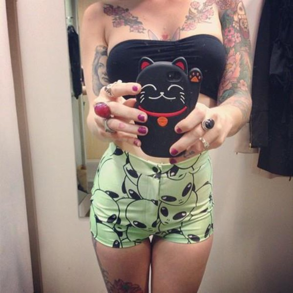 alien alternative shorts